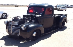 Marcus Macy's Sinister 9-Second '46 GMC Pickup