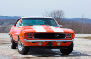 You Can Own 'Z' Perfect, First-Gen, Factory-Built Hot Rod